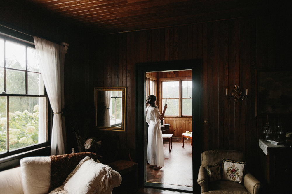 cleveland_georgia_mountain_laurel_farm_natural_classic_timeless_documentary_candid_wedding_emotional_photojournalism_river_west_1081.jpg