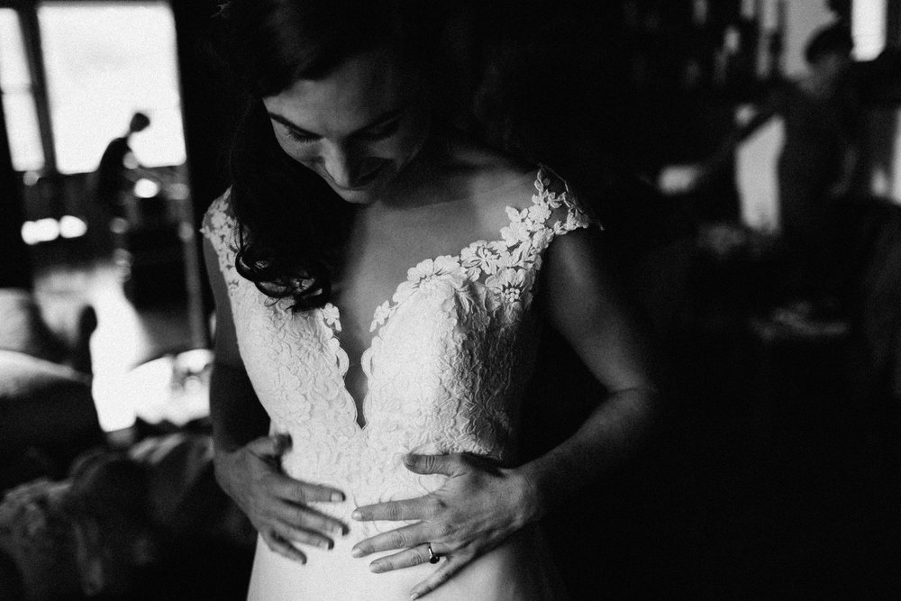 cleveland_georgia_mountain_laurel_farm_natural_classic_timeless_documentary_candid_wedding_emotional_photojournalism_river_west_1180.jpg