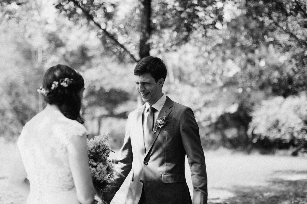 cleveland_georgia_mountain_laurel_farm_natural_classic_timeless_documentary_candid_wedding_emotional_photojournalism_river_west_1242.jpg