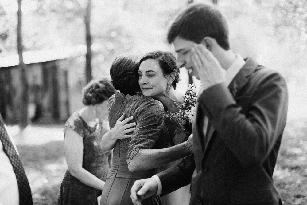 cleveland_georgia_mountain_laurel_farm_natural_classic_timeless_documentary_candid_wedding_emotional_photojournalism_river_west_1274.jpg