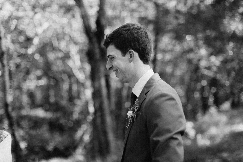 cleveland_georgia_mountain_laurel_farm_natural_classic_timeless_documentary_candid_wedding_emotional_photojournalism_river_west_1303.jpg