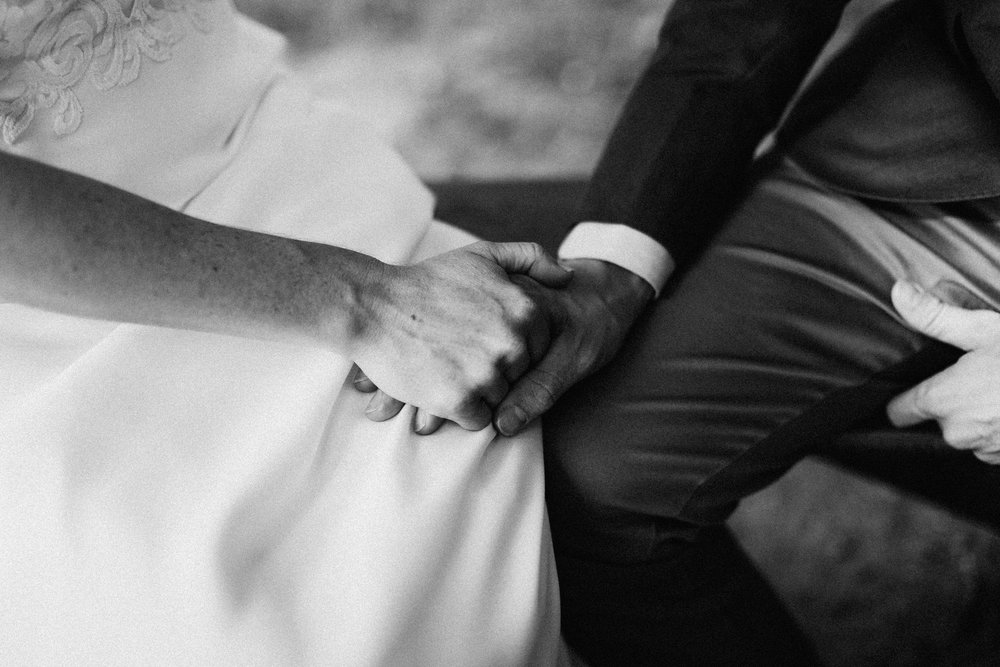 cleveland_georgia_mountain_laurel_farm_natural_classic_timeless_documentary_candid_wedding_emotional_photojournalism_river_west_1309.jpg