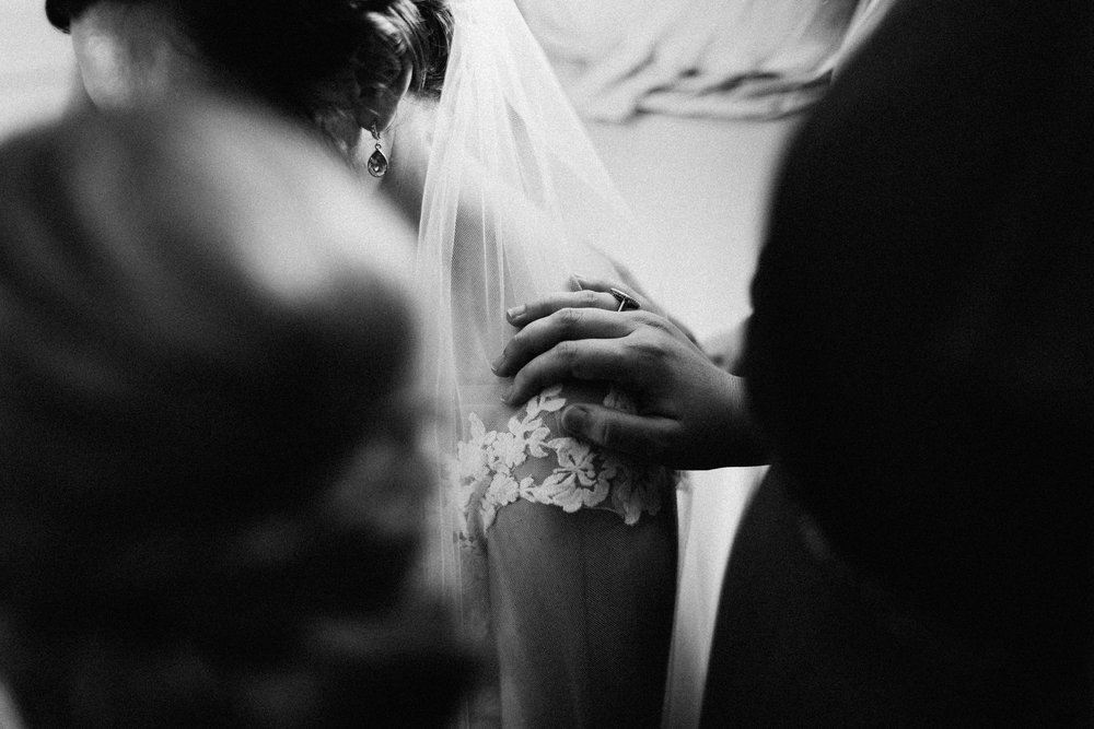 cleveland_georgia_mountain_laurel_farm_natural_classic_timeless_documentary_candid_wedding_emotional_photojournalism_river_west_1559.jpg