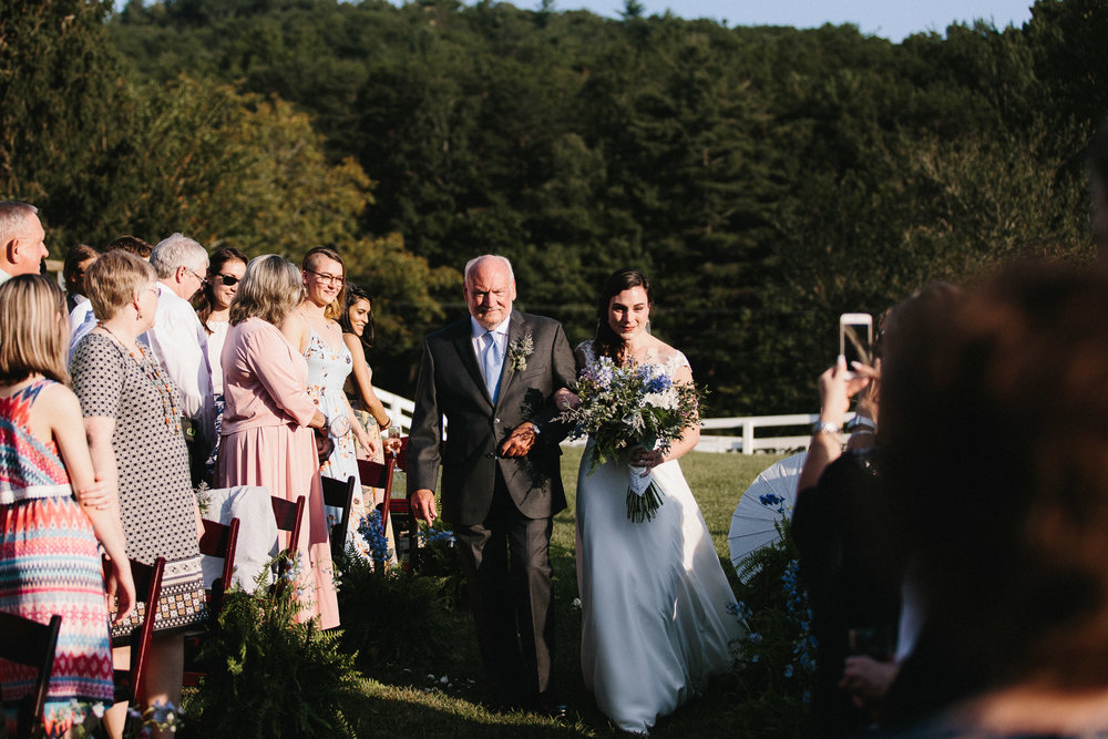 cleveland_georgia_mountain_laurel_farm_natural_classic_timeless_documentary_candid_wedding_emotional_photojournalism_river_west_1641.jpg