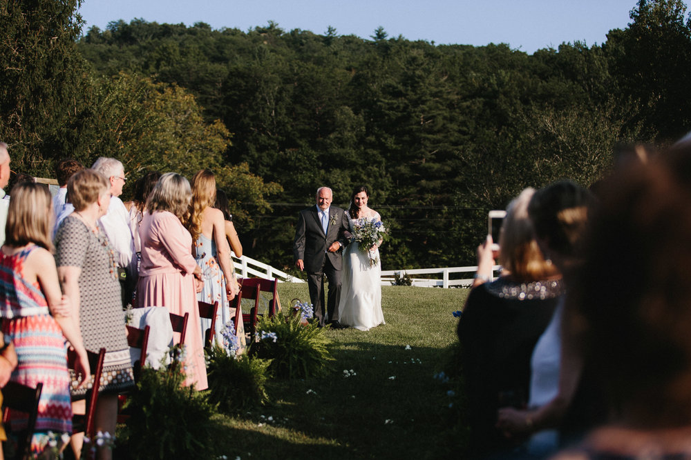 cleveland_georgia_mountain_laurel_farm_natural_classic_timeless_documentary_candid_wedding_emotional_photojournalism_river_west_1637.jpg