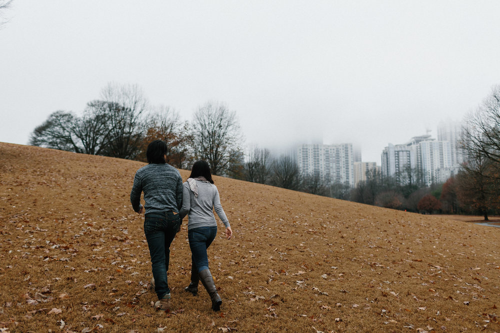 atlanta_gloomy_day_rainy_engagement_couple_lifestyle_fun_playful_artistic_georgia_photographer_2014.jpg