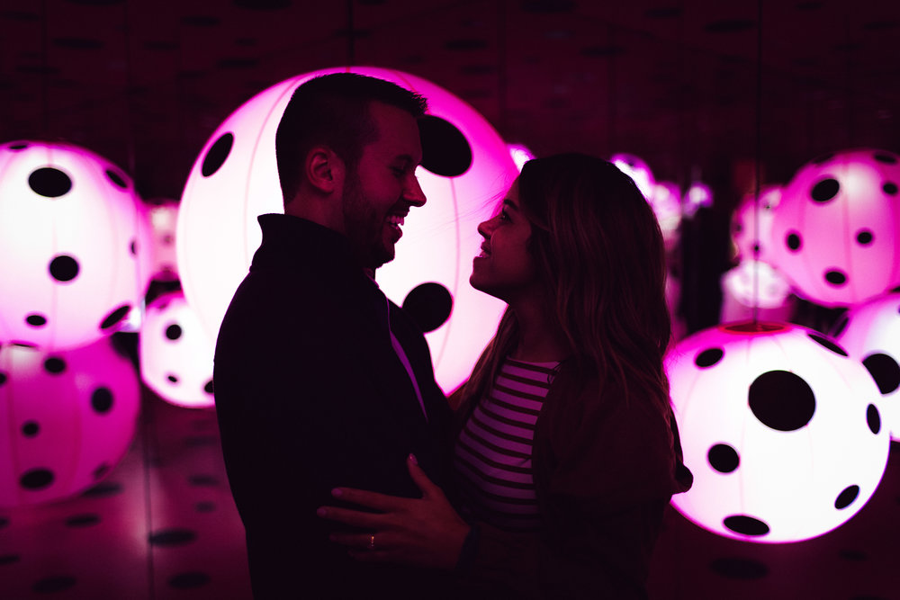 high_museum_infinity_mirrors_Yayoi_Kusama_proposal_amazing_atlanta_real_couple_engagement_ideas_epic_1105.jpg
