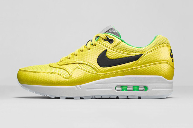 nike-air-max-1-premium-fb-mercurial-pack-03