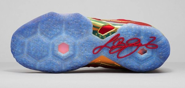 Nike-LeBron-11-Elite-Red-Gold-6