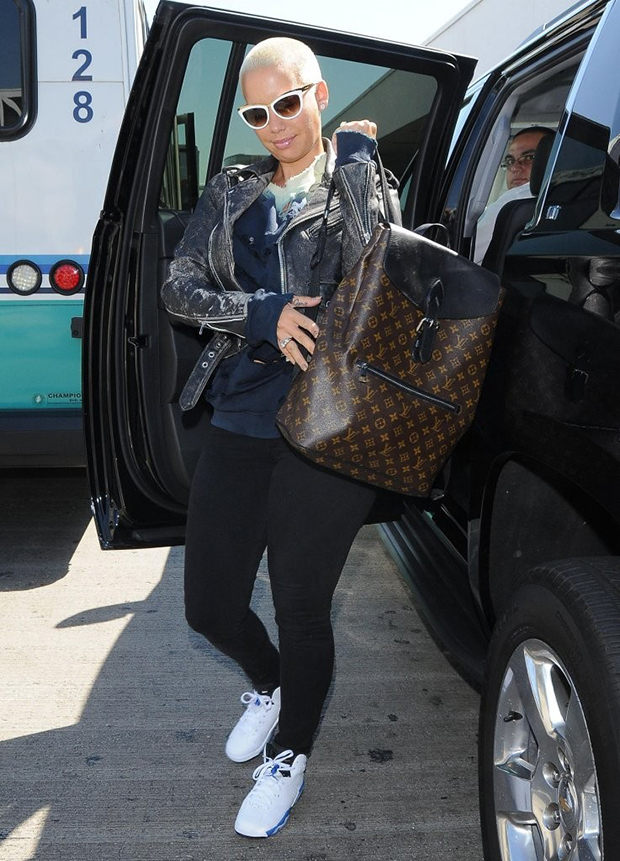amber-rose-air-jordan-6-sport-blue