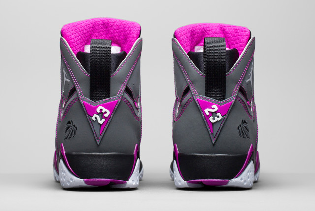 air-jordan-7-girls-black-mint-2015-31