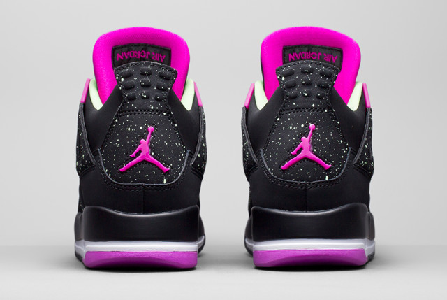 air-jordan-4-girls-black-mint-2015-31