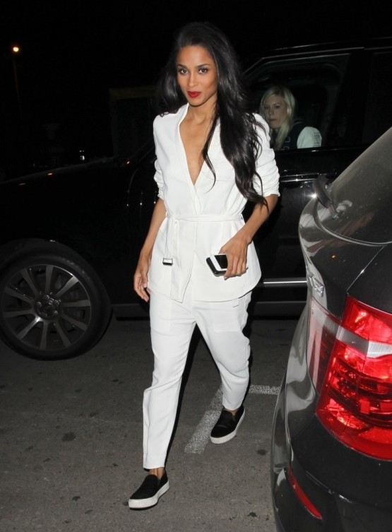 4-get-the-look-ciaras-west-hollywood-helmut-lang-torsion-blazer-white-pants-givenchy-suede-slip-ons