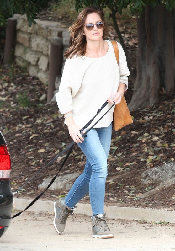 minka-kelly-walking-her-dog-in-west-hollywood-april-2015_1_thumbnail