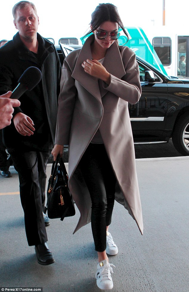 kendall-jenner-lax-airport-pic199242