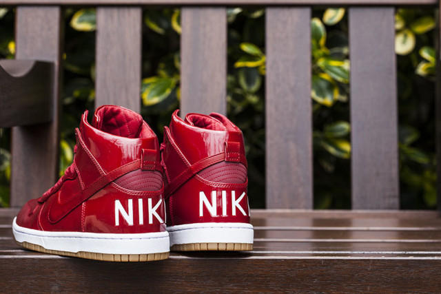 luxurious-patent-leather-nike-dunks-02