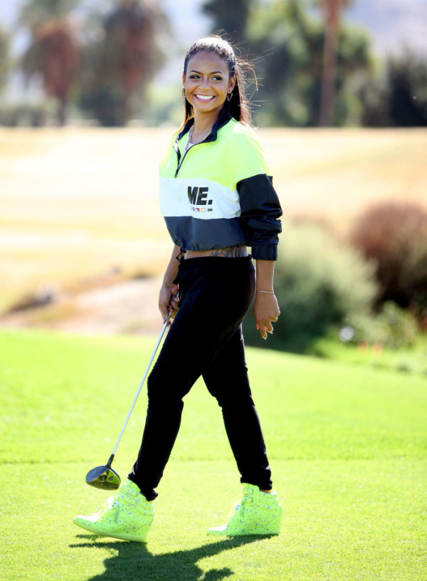 Christina-Milian-Golf-Course-34-700x952