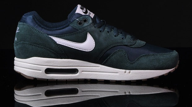 Nike-Air-Max-1-Essential-pro-green-4