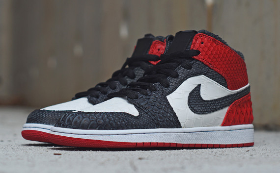 air-jordan-1-black-toe-custom-jbf-2