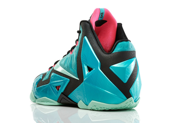 nike-lebron-11-south-beach-4