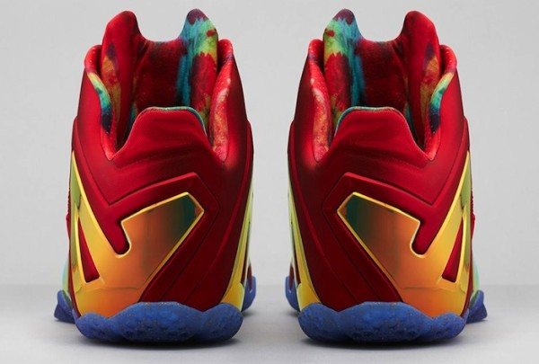 Nike-LeBron-11-Elite-Red-Gold-4