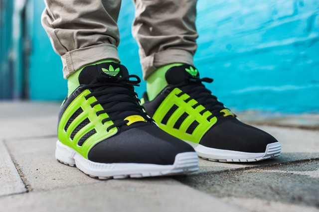 adidas-originals-zx-flux-2-0-tonal-neon-14