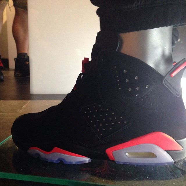 air-jordan-vi-6-infrared-holiday-2014-01