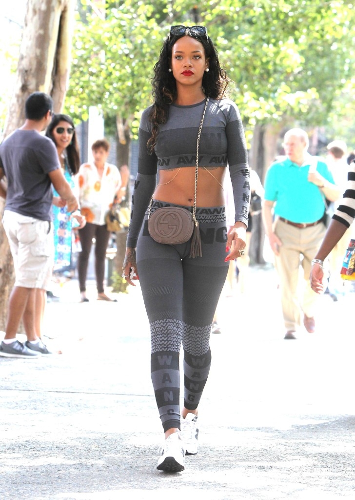 Rihannas-Da-Silvano-Alexander-Wang-for-HampM-Crop-Top-and-Leggings-1