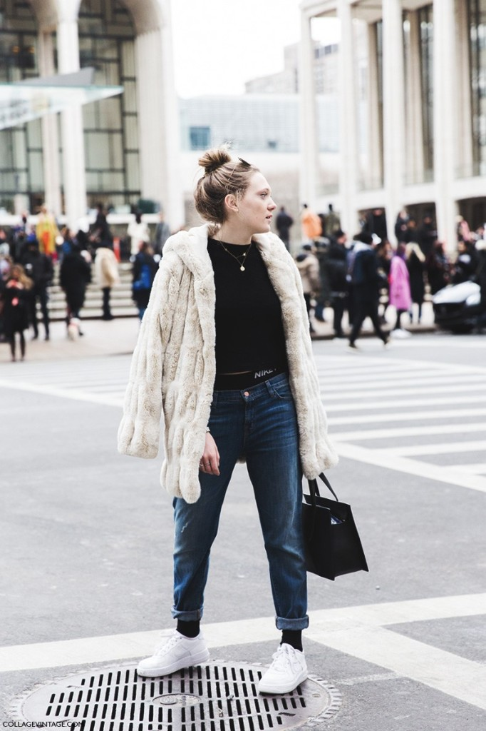 New_York_Fashion_Week-Fall_Winter_2015-Street_Style-NYFW-Fur_Coat-Nike_Bra-Air_Force-Sneakers-Jeans-Topknot--790x1185