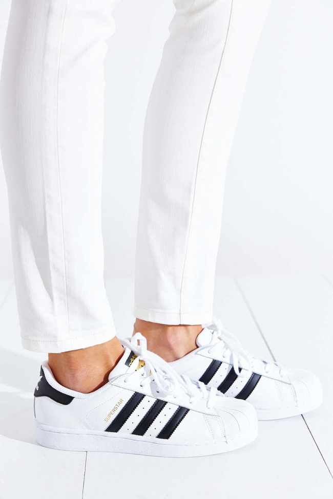 adidas-originals-superstar-womens-sneaker