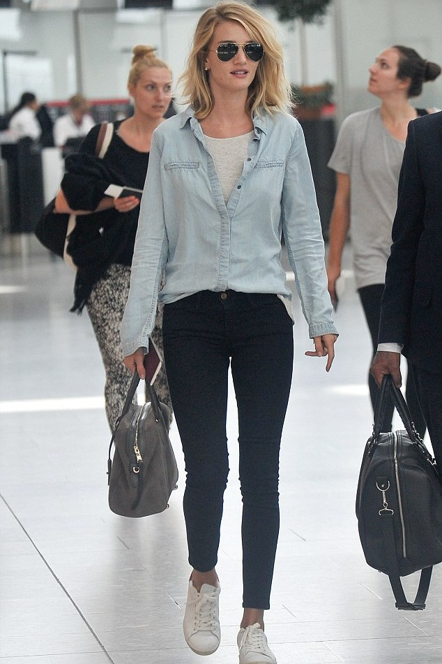 rosie-huntington-whiteley-heathrow-airport-pic203326
