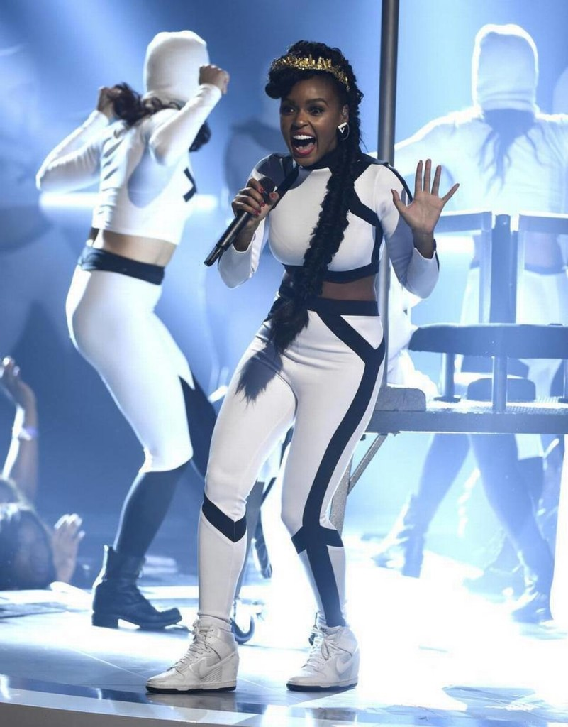CNK-BET-Awards-Janelle-Monae-Nike