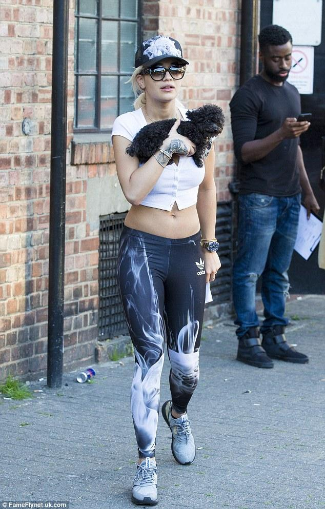rita-ora-with-cher-the-bear-in-london-pic206475