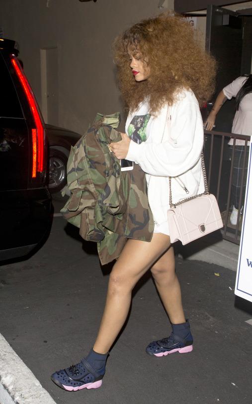2-Rihannas-LA-Studio-Session-Matthew-Dolan-Camo-Jacket-Richardson-x-Richard-Print-A7-Tee-Dior-Diorama-Bag-and-Dior-Fusion-Sneakers