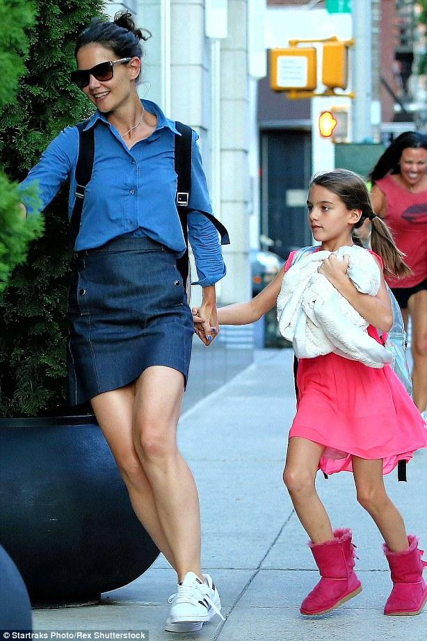 katie-holmes-new-york-city-pic210361