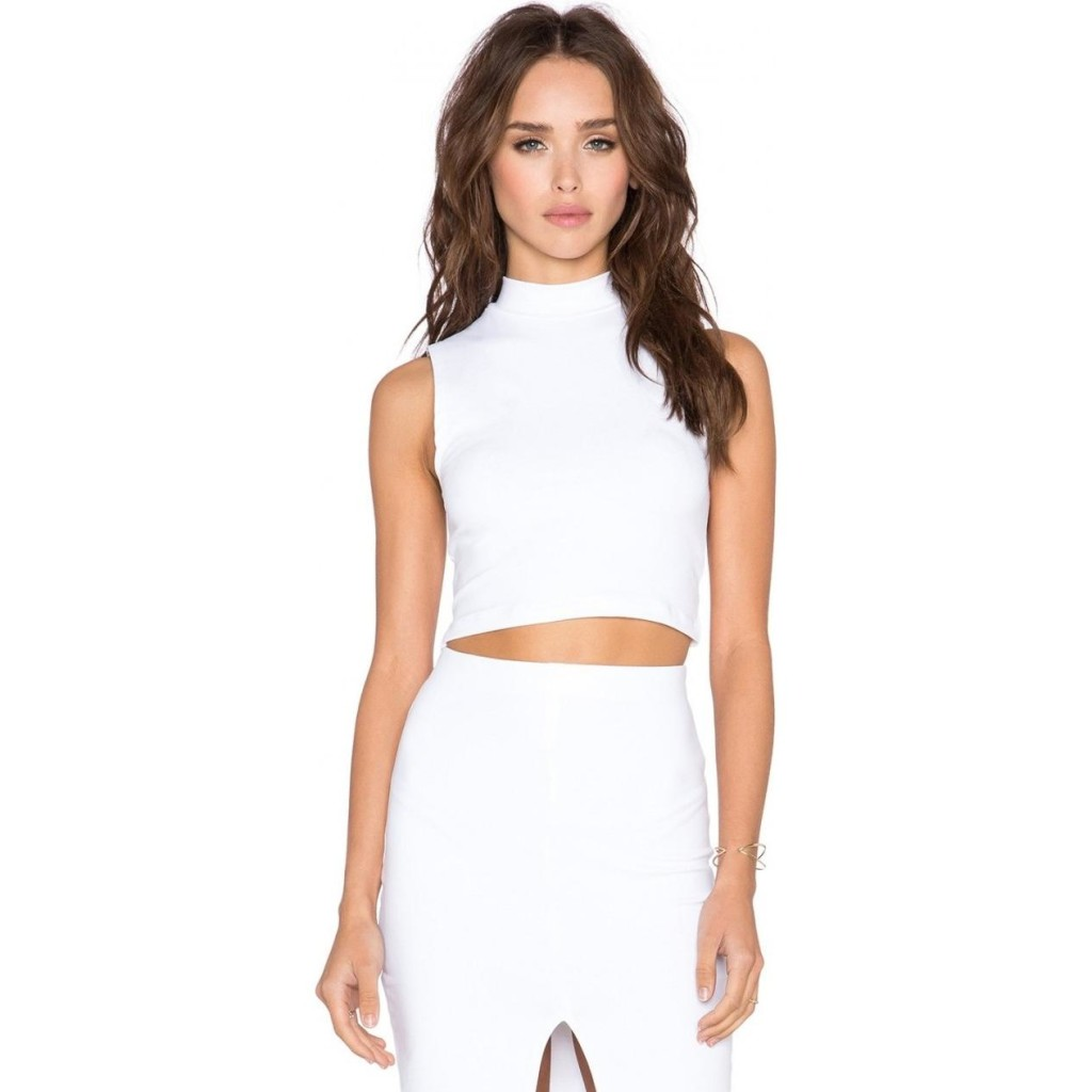 donna-mizani-cropped-white-top-pic204812
