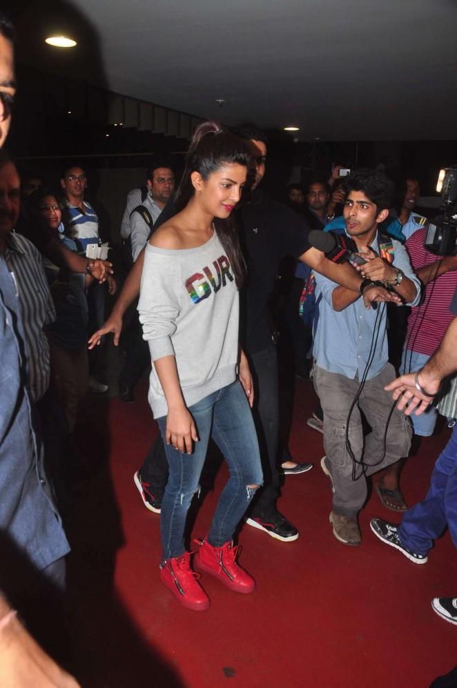 Priyanka-Chopra-in-Jeans-pam-and-gela-giuseppe-zanotti-2.jpg