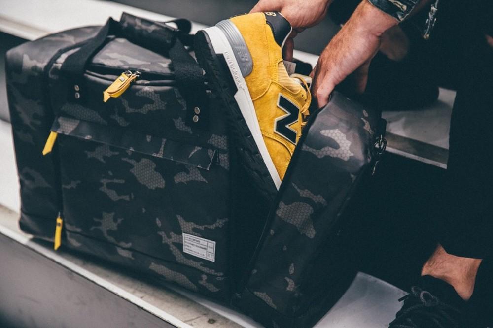 hex-sneaker-duffle-bag-04-1200x800-1024x682.jpg