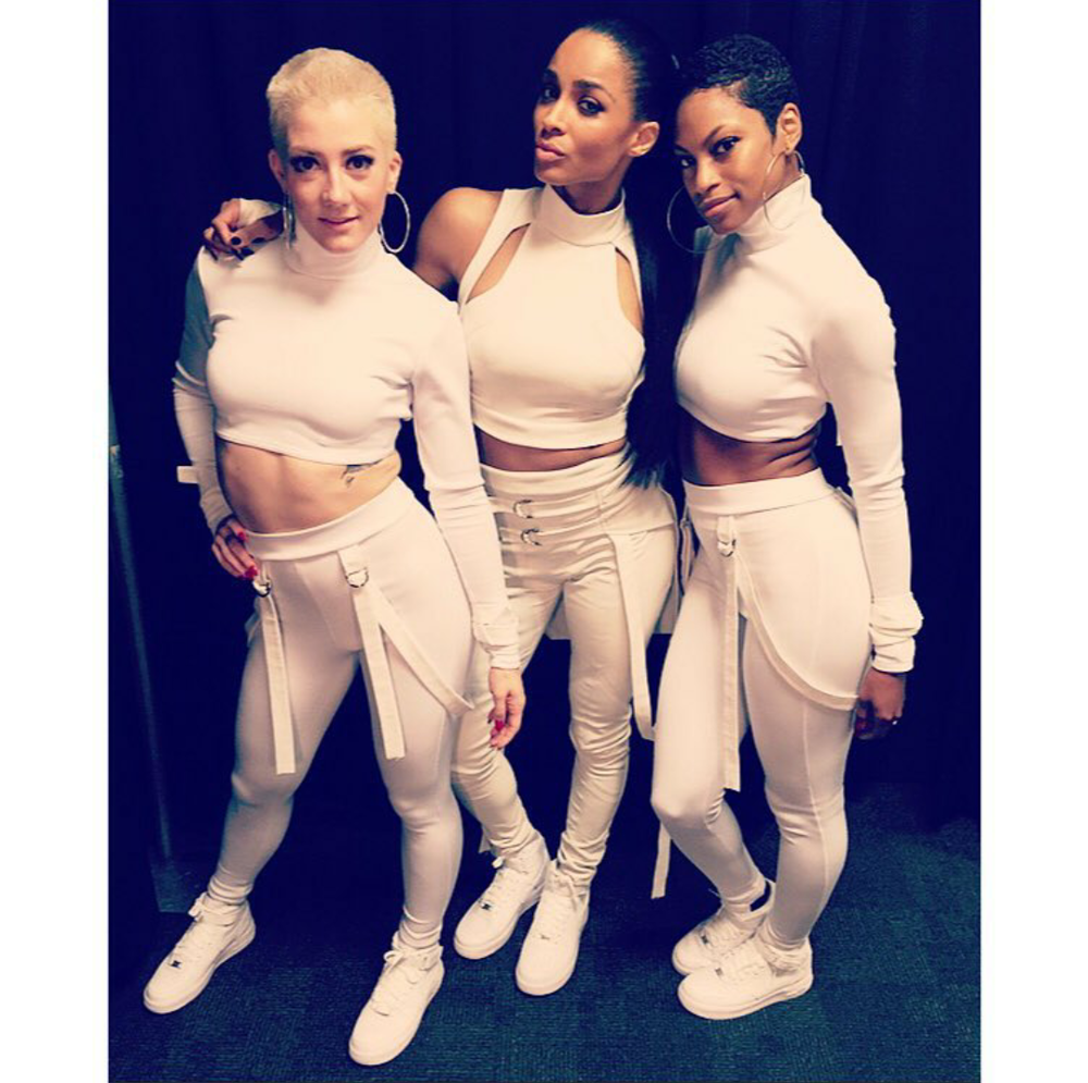 Heyyy Cici! Ciara and her dancers showed out in all white including fresh pairs of Nike Air Force 1 High in white.