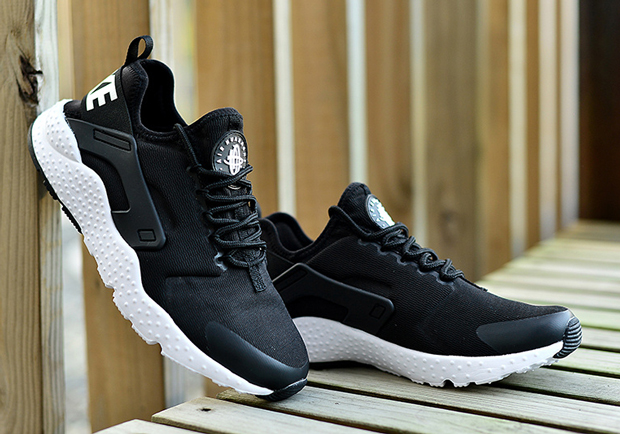 nike-air-huarache-ultra-black-white-02.jpg