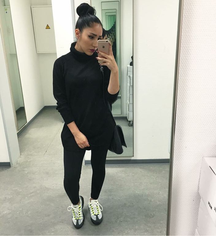 #ChicksNKicks Chick Of The day: @homiexloverxfriend in Nike Air Max 95