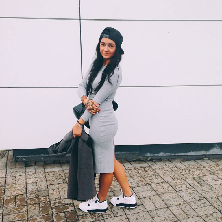 "#ChicksNKicks Chicks Of The Day:  @chikenyo  x Air Jordan 4 Retro ""Legend Blue"".  Shop The Sneaks:  FlightClub.com"