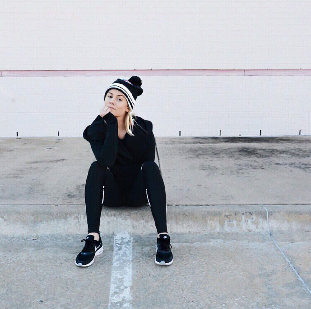 #ChicksNKicks Chick Of The Day: @taylornicolepierce x Nike Women Air Max Thea
