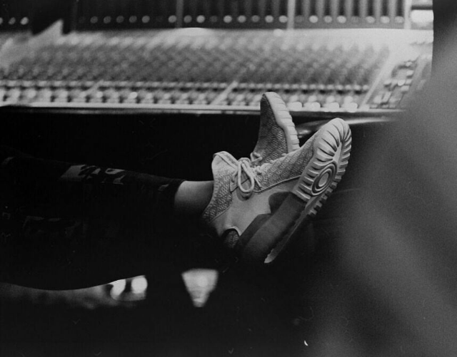 Tinashe kicked back in the studio with a few candid shots over the weekend.  The singer posted up in a pair of the adidas Tubular.