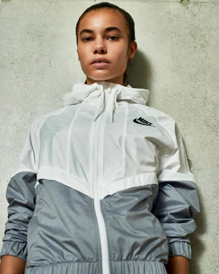 Image: NikeWomen; Item: Nike Women Hypershield Light Windbreaker.