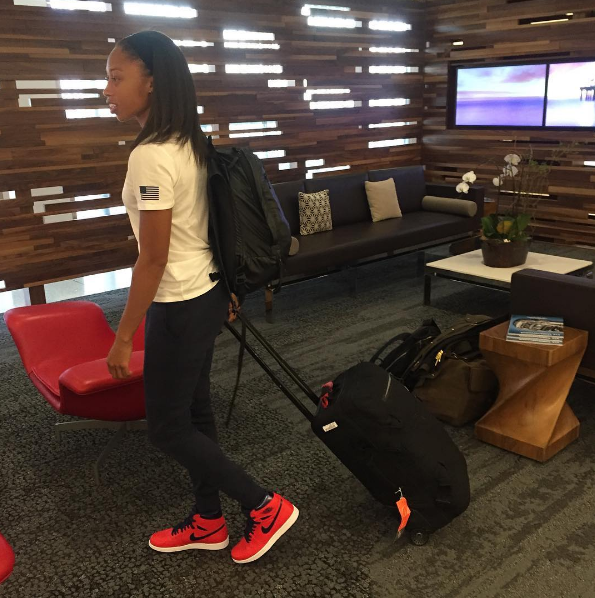 Allyson Felix readied herself for the friendly skies in the Air Jordan 1 'Letterman'.