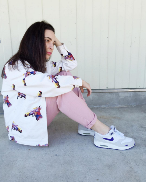 #ChicksNKicks Chick Of The Day: Jeanne Santoli aka @viewmore x Nike LPU Air Max 1 'Grape' 2004.