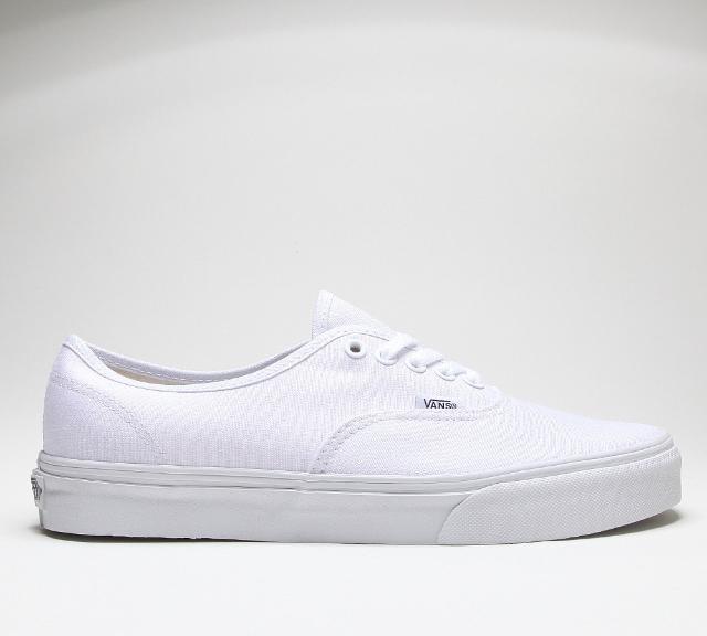 Vans Authentic in True White -  SHOP