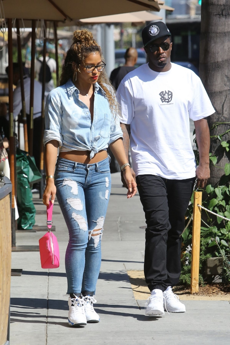"Cassie Ventura was spotted out and about in Beverly Hills showing some denim love in a fresh pair of Air Jordan 6 Retro ""Sport Blue"" sneakers."