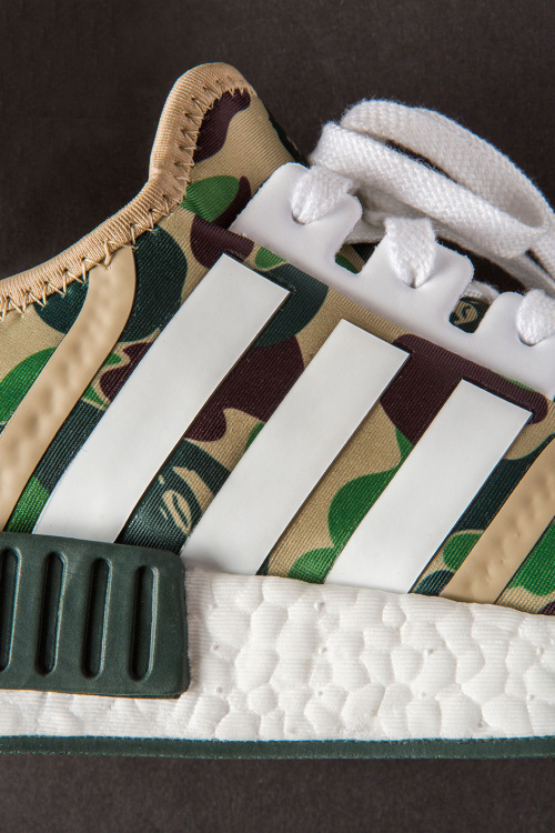 closer-look-a-bathing-ape-adidas-nmd-r1-3.jpg